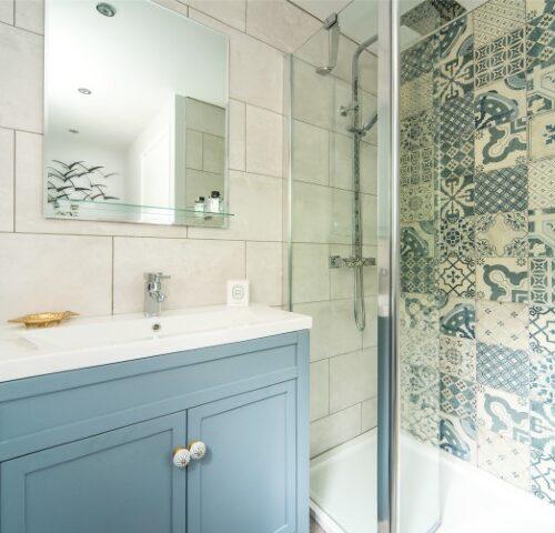 mediterranean bathroom design