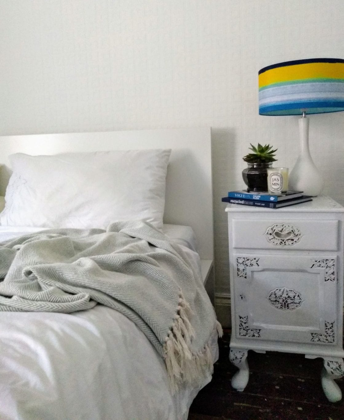 Summer bedroom styling